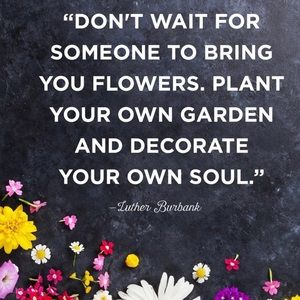 Dresses & Skirts - Plant your garden ❤️❤️❤️